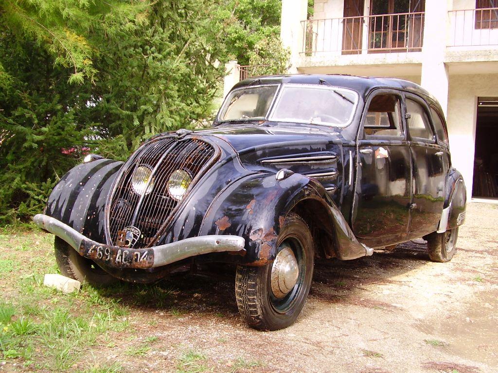 restauration d'une 402 limousine