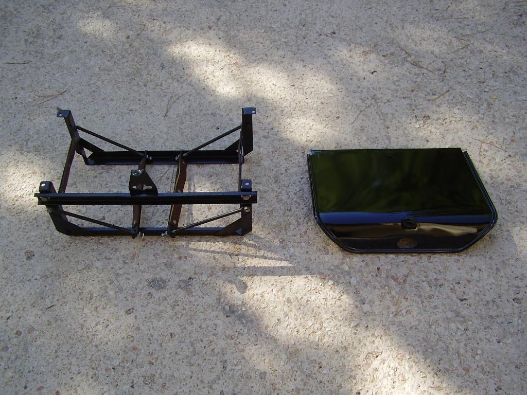 50- Le bac à batterie restauré (05-08-09)