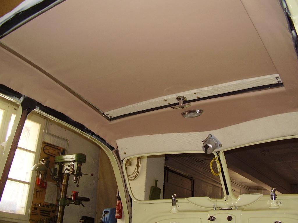 58- L'intérieur du toit posé (09-02-10)