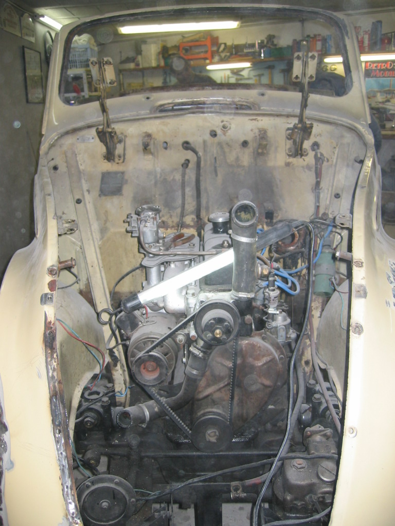 Restauration de la 202 cab. 1939 de Claude