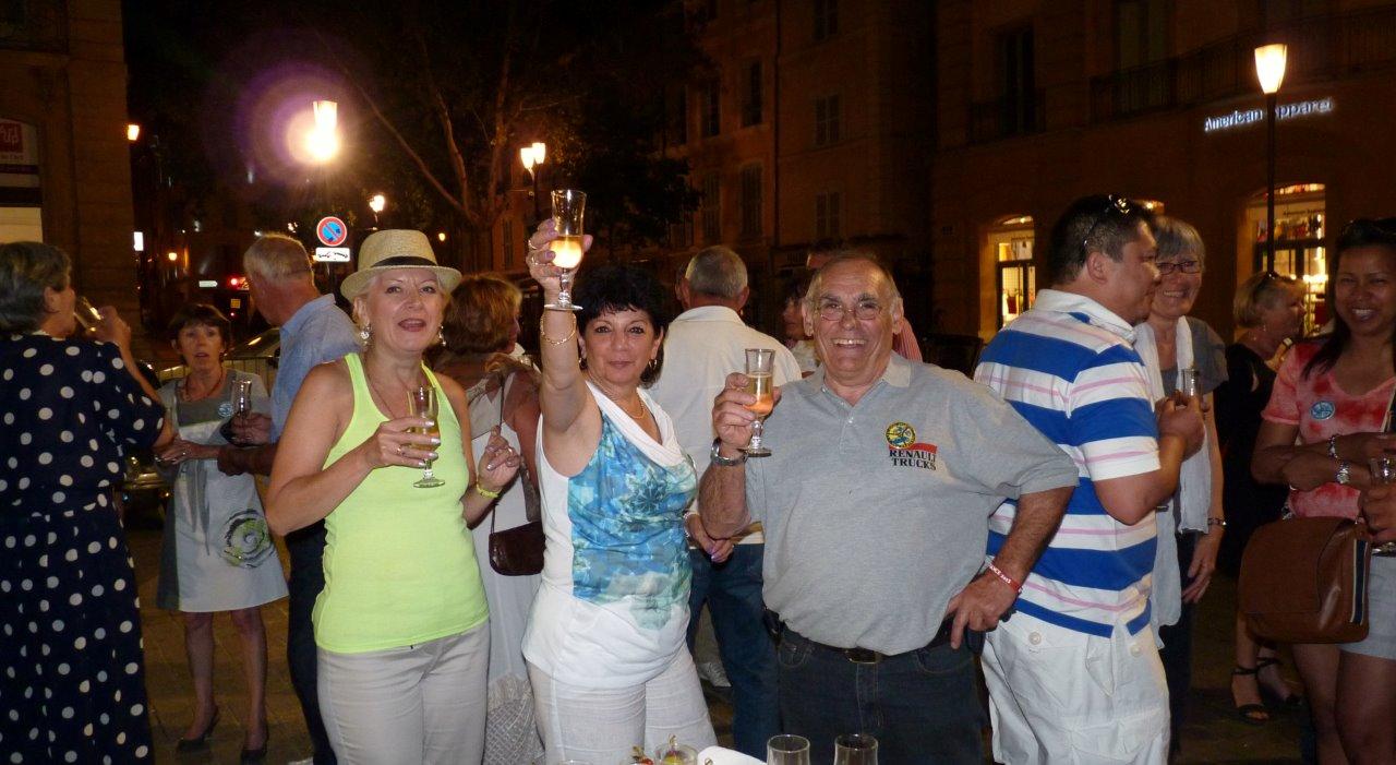 Dany, Chantal et Gérard. - Santé !!!