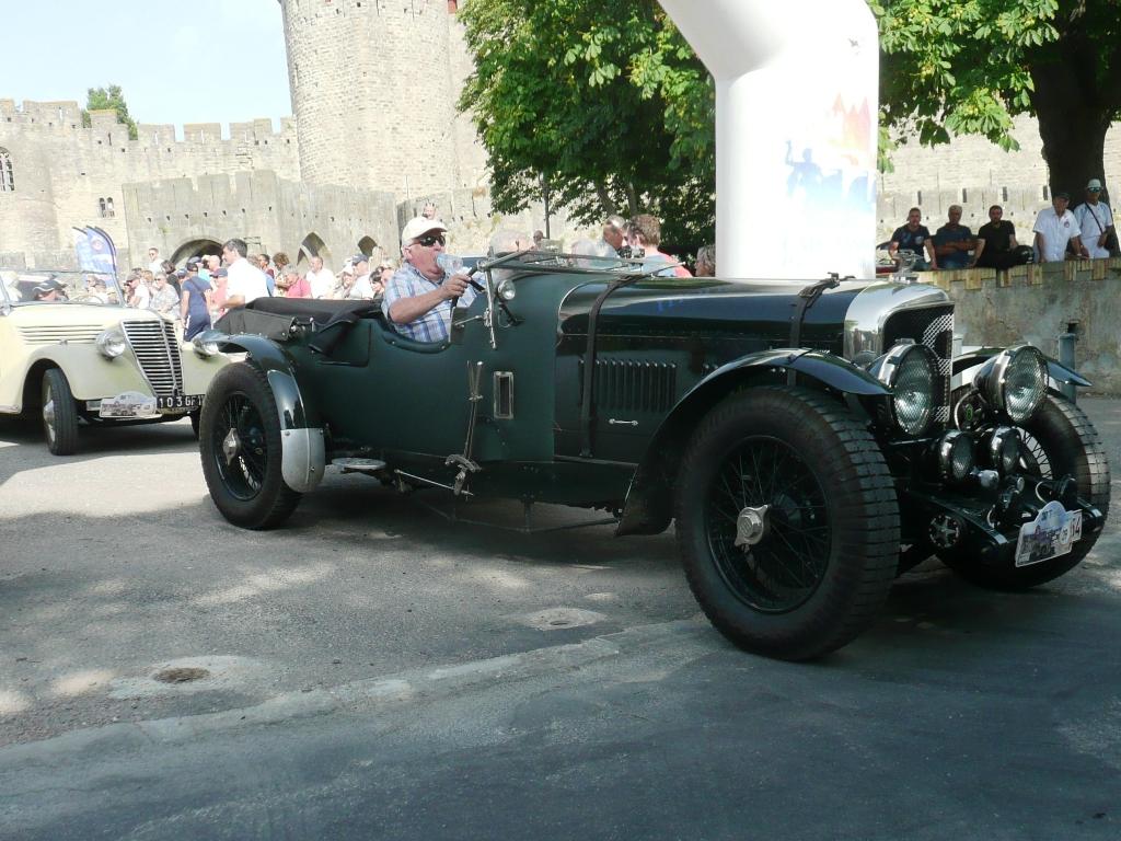Les VVP à Carcassonne. Auteur René G.